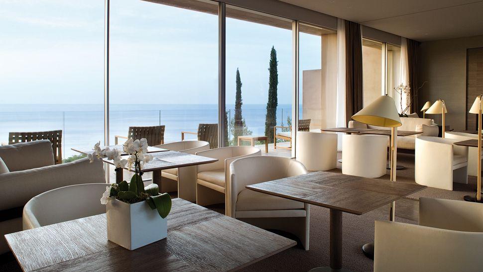 007899-09-lounge-seaview
