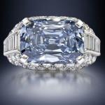 Luxusní modrý diamant prodán