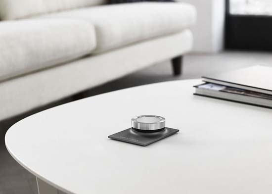 Bang & Olufsen BeoSound Essence remote