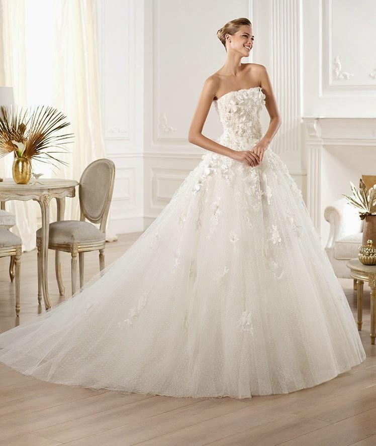 Elie Saab Wedding Gowns 20