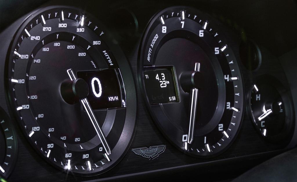 Aston-Martin-V8-Vantage-N430_3