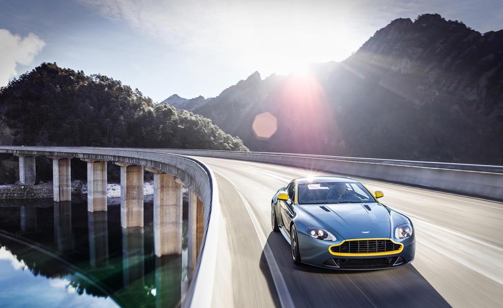 Aston-Martin-V8-Vantage-N430_4