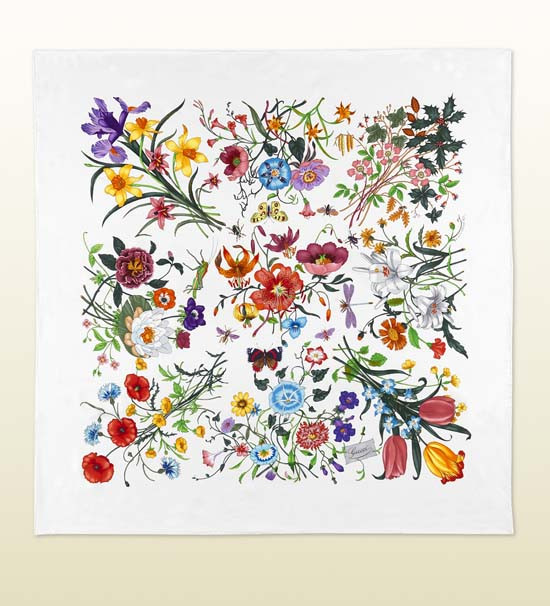 gucci-collection-floral-japan-scarf