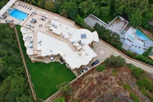 rihanna-home-celebrity-homes-villa-mansion3