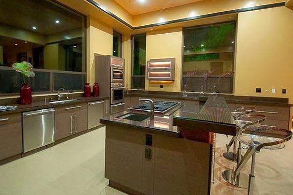 rihanna-home-celebrity-homes-villa-mansion8