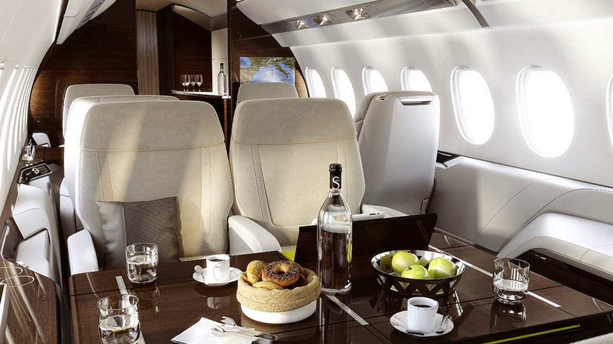 Falcon 5X Private Jet 5