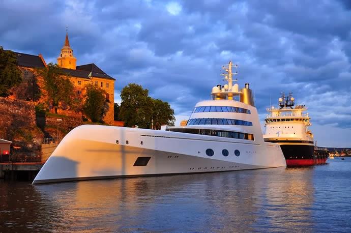 Motor Yacht 'A'