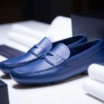 Jak vyrábí Prada boty pro řízení?