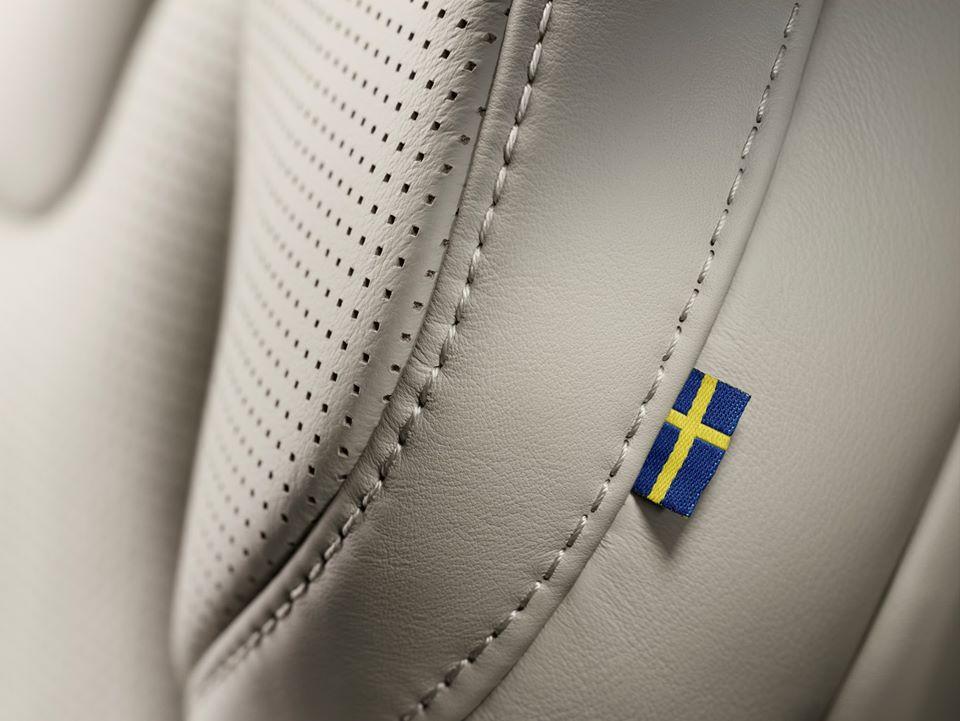 Luxury Volvo XC 90_11