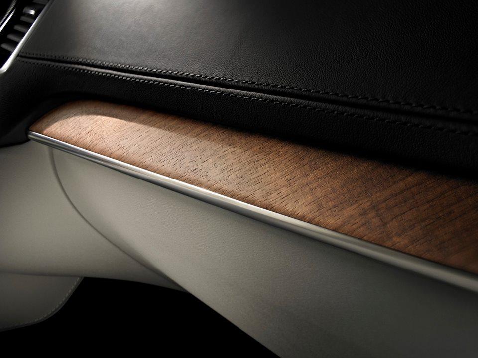 Luxury Volvo XC 90_3