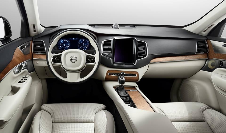 Luxury Volvo XC 90_7