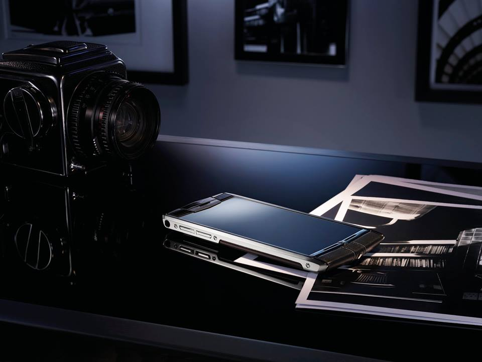 Vertu Signature Touch 6
