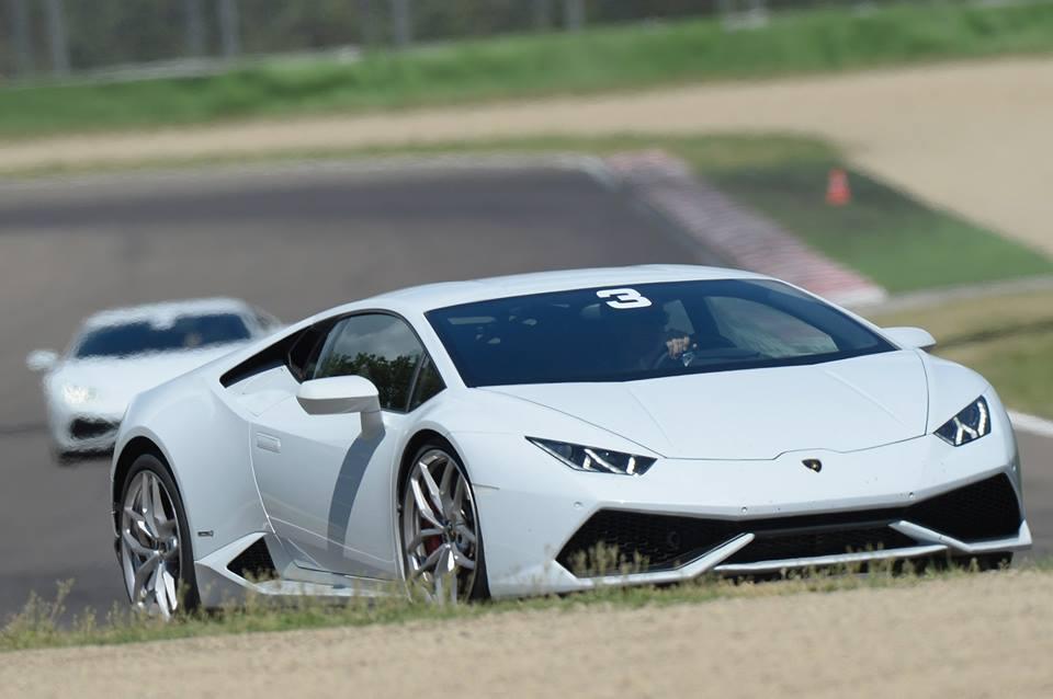 Lamborghini Accademia 1