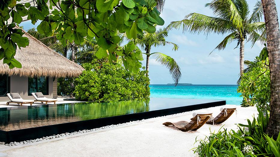hotel-le-cheval-blanc-randheli-island-villas