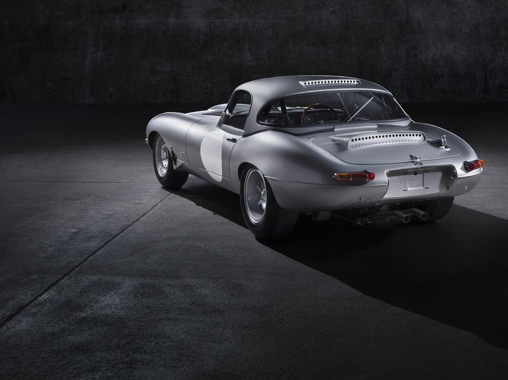 Jaguar Lightweight E-type 11