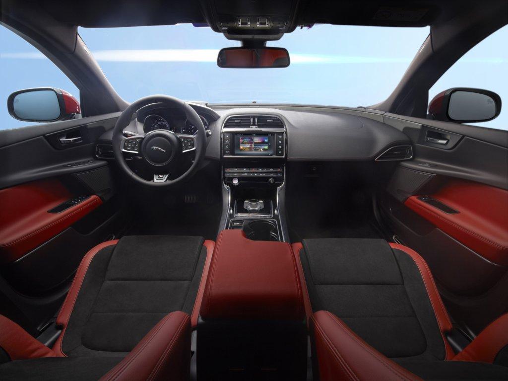 Jaguar XE_Foto 5