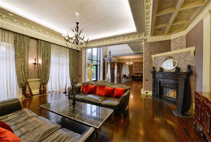 Sotheby Moscow Mansion 4