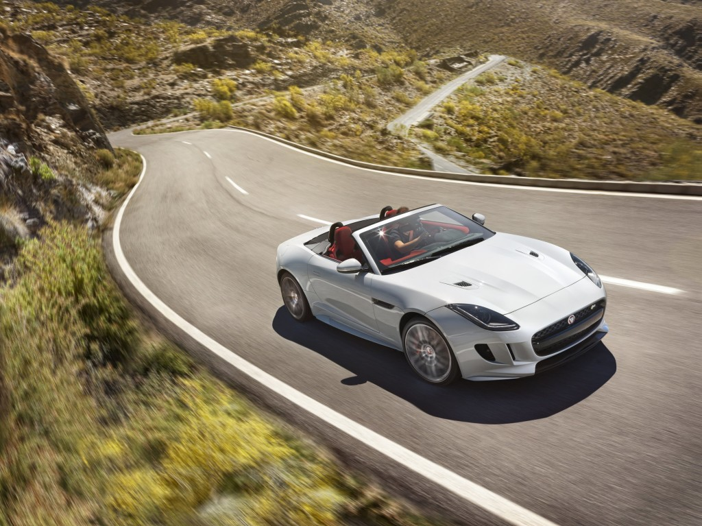 Jaguar F-TYPE_MY16_foto 3