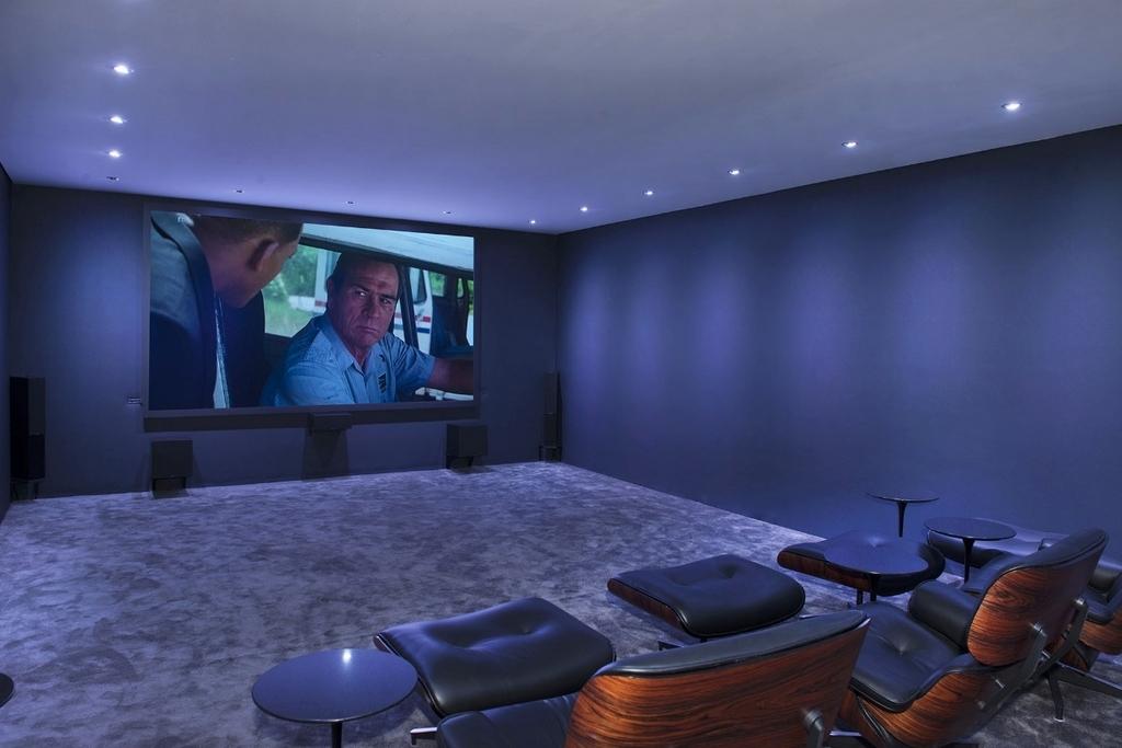 luxusni residence spanelsko domaci kino