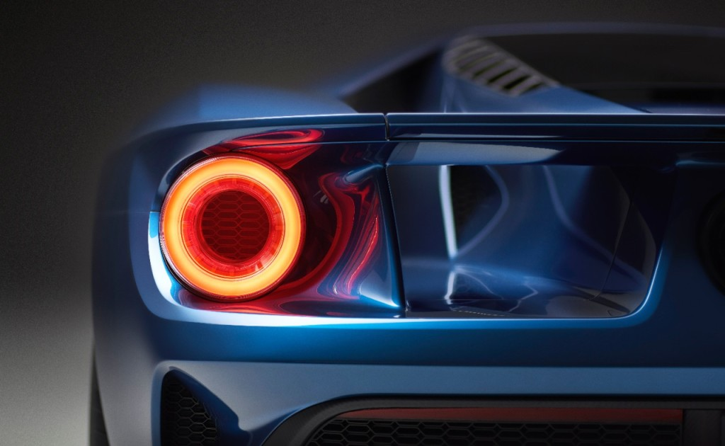 Ford GT 2016 rear light