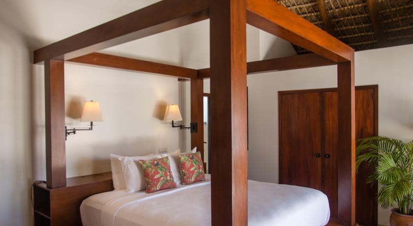luxury Paradise Beach Nevis