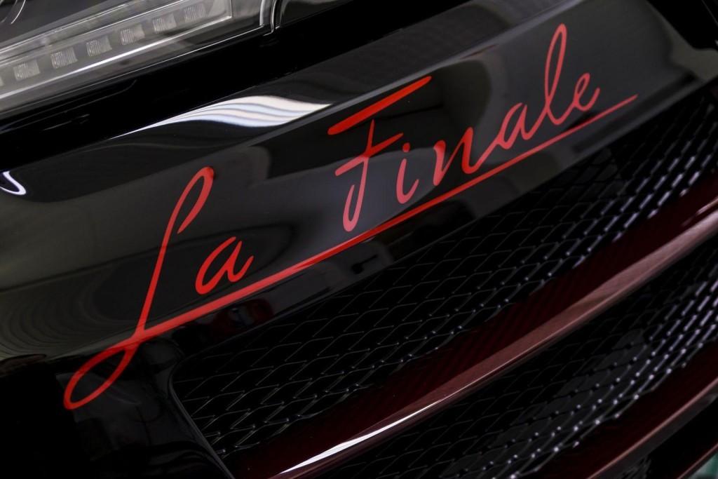 Bugatti Veyron Grand Sport Vitesse La Finale 11