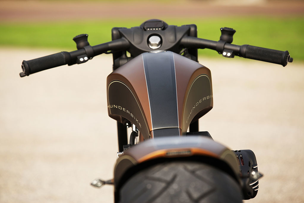 Luxusni prestavba motocyklu Thunderbike Precision R