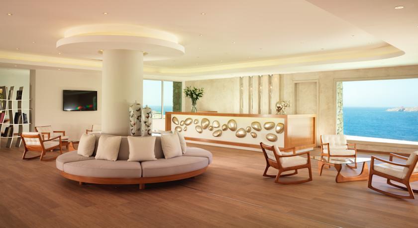 luxusni dovolena recko Santa Marina Resort and Villas