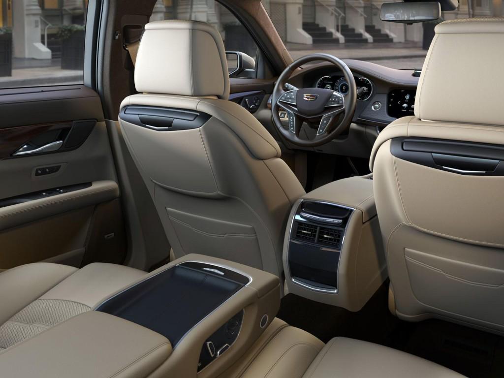 luxusni interier Cadillac CT6