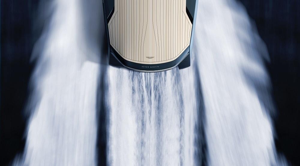 Aston Martin AM37 - luxusni sportovni clun