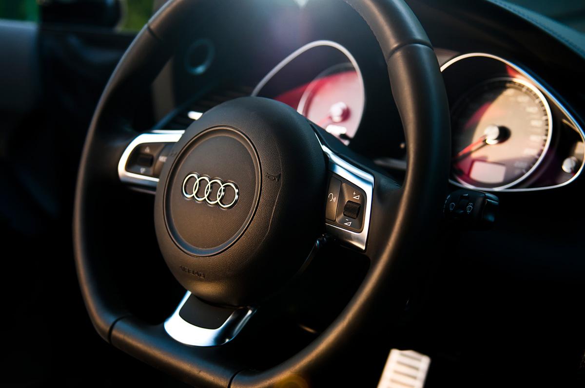 Audi-R8-Interier