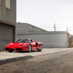 Ferrari Enzo na prodej od papeže!