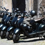 Luxusní skútr do města – Vespa 946 Emporio Armani