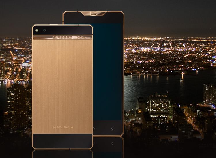 Luxusni smartphone Gresso Regal Gold