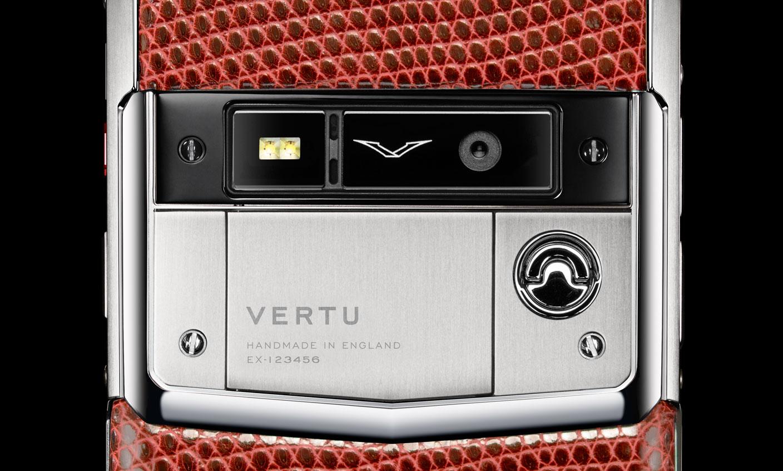 Luxusni telefon Vertu Signature Touch Lizard Dark Scarlet