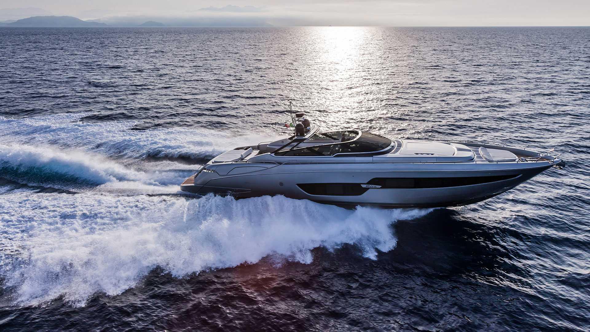 Riva 88 Florida luxusni jachta