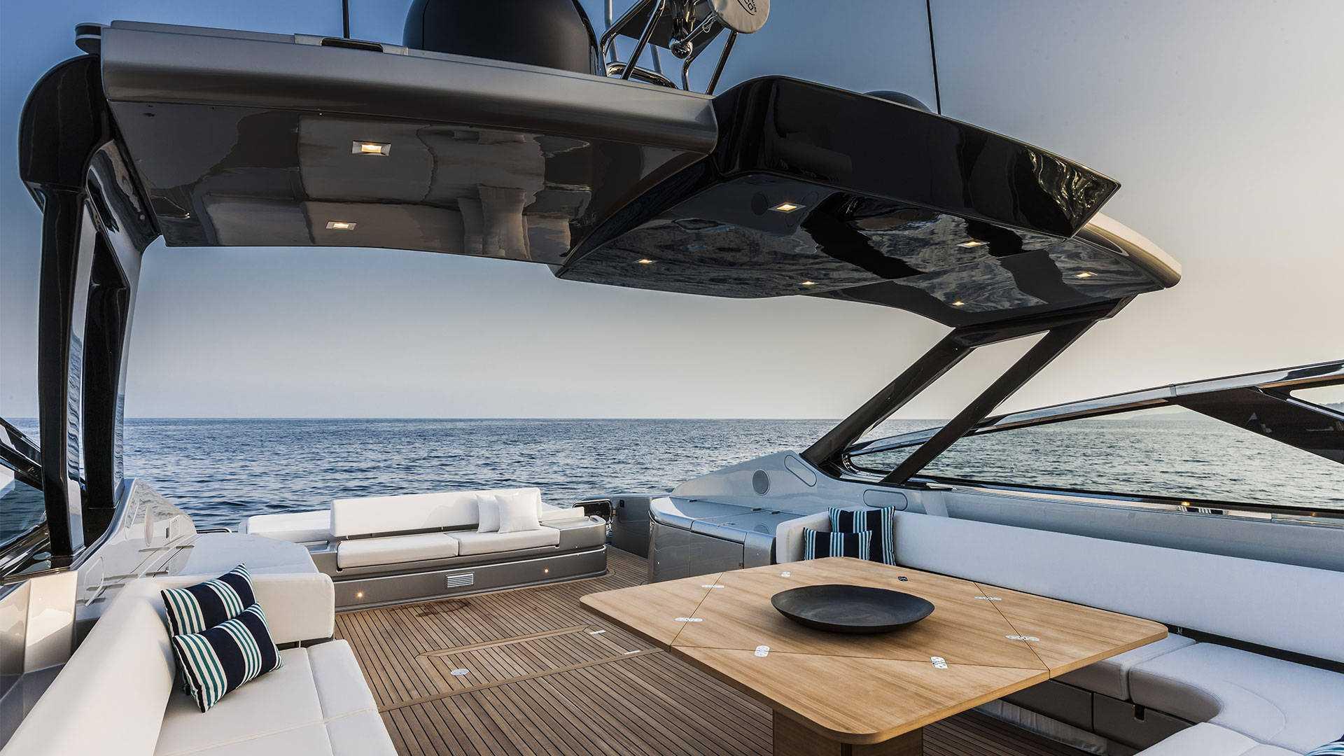 luxusni clun Riva 88 Florida