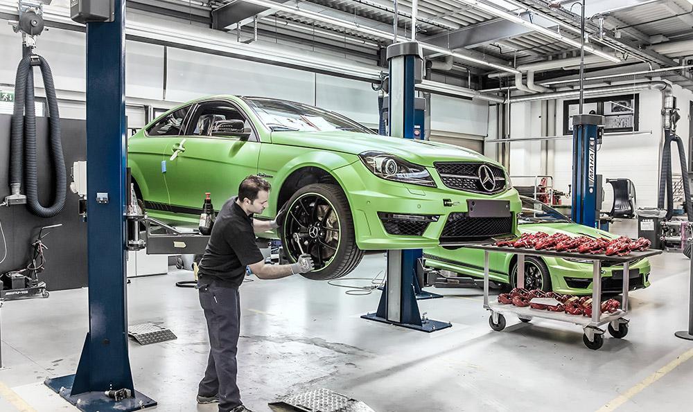 Limitovana edice Mercedes-Benz C63 AMG Coupe Legacy Edition