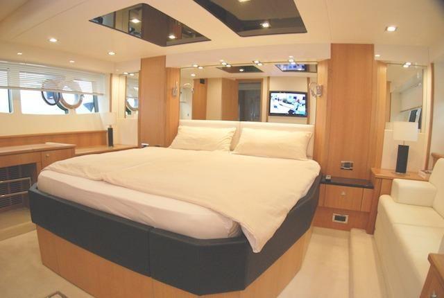 2011 Sunseeker Predator 64 kabina