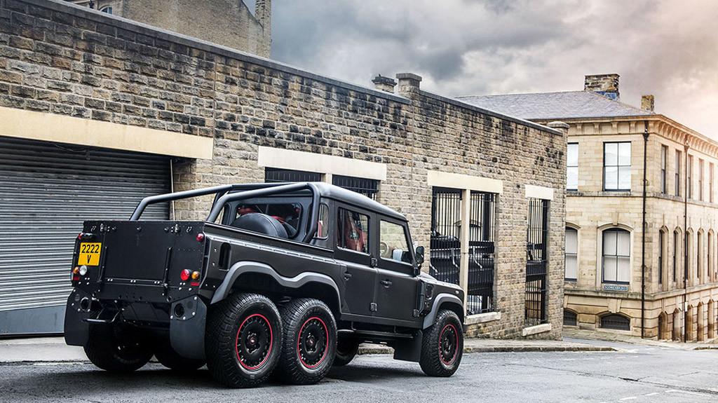 Land Rover Defender Flying Huntsman 110 WB 6x6 Double Cab Pickup