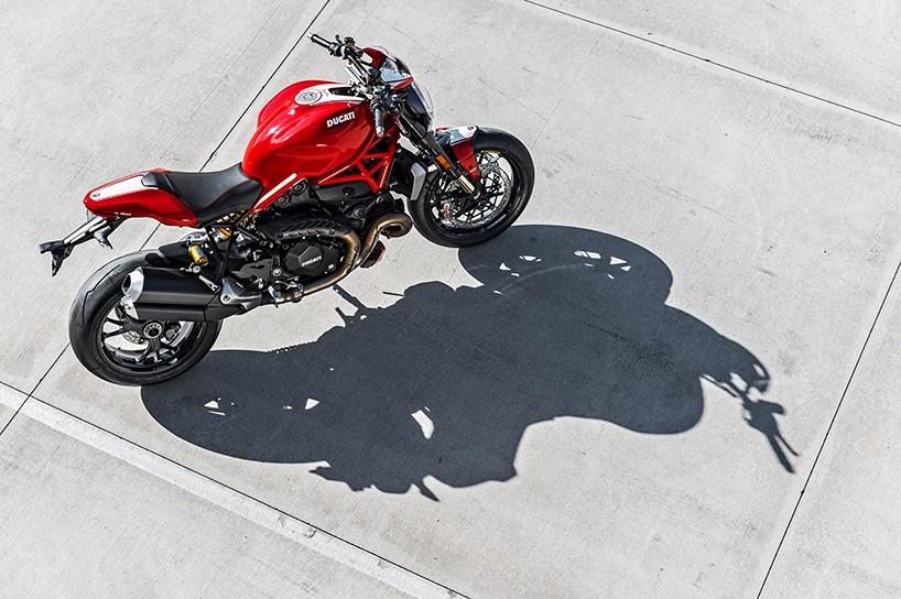 Luxusní Ducati Monster 1200 R