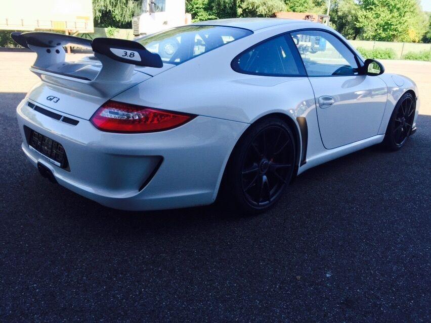Luxusní Porsche 911 GT3 na prodej