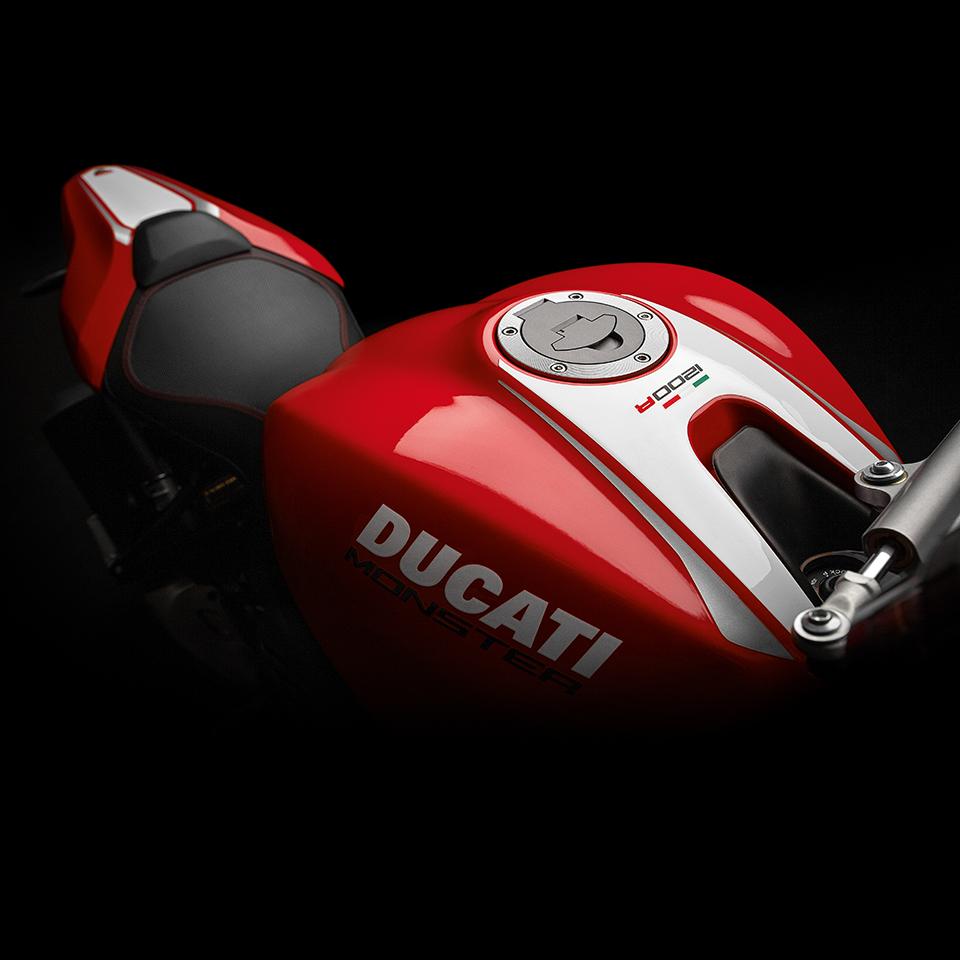Luxusní motocykl Ducati Monster 1200R