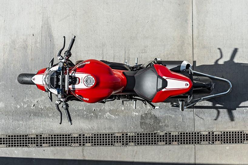 Luxusní motocykly - Ducati Monster 1200 R