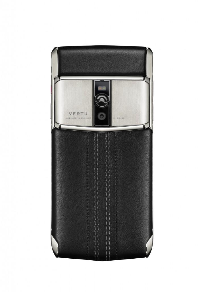 Luxusní telefon Vertu - Signature Touch