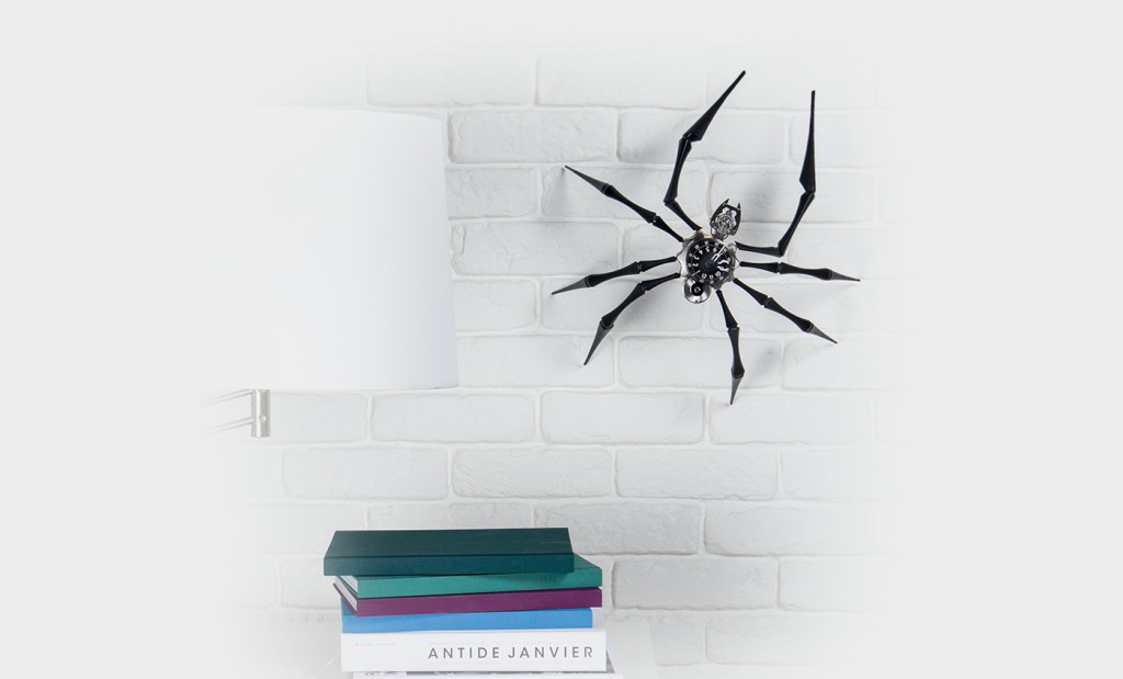 Luxusni nastene hodiny MB&F Arachnophobia