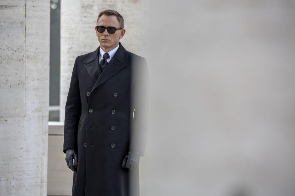 Oblek Tom Ford - James Bond