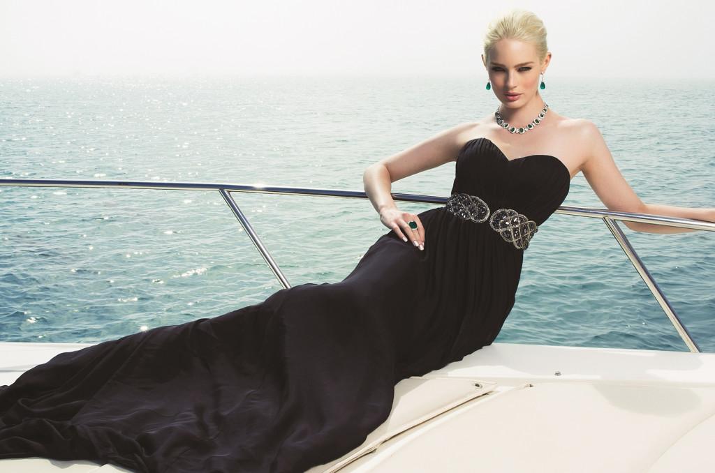 luxusni nahrdelnik Empress