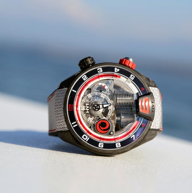 Luxusní hodinky HYT H4 ALINGHI