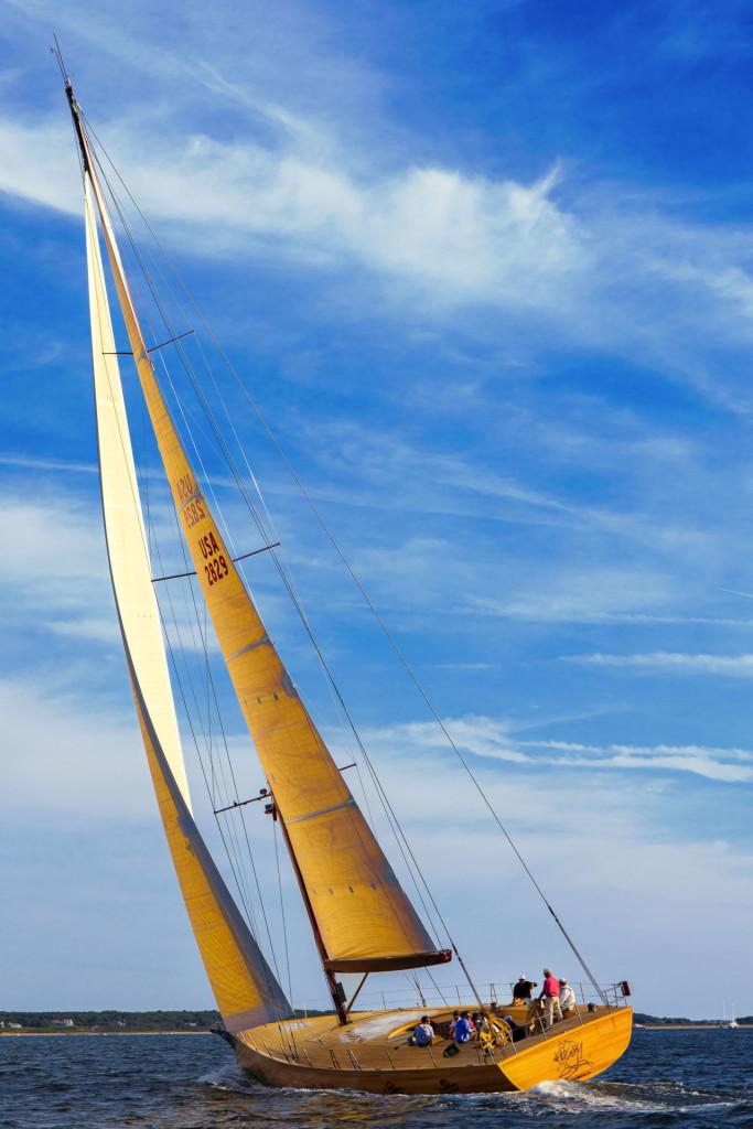 Luxusní plachetnice Foggy